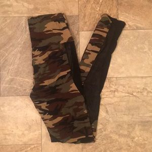 Hot Topic Boho Army Camo & Sheer Skinny Leggings